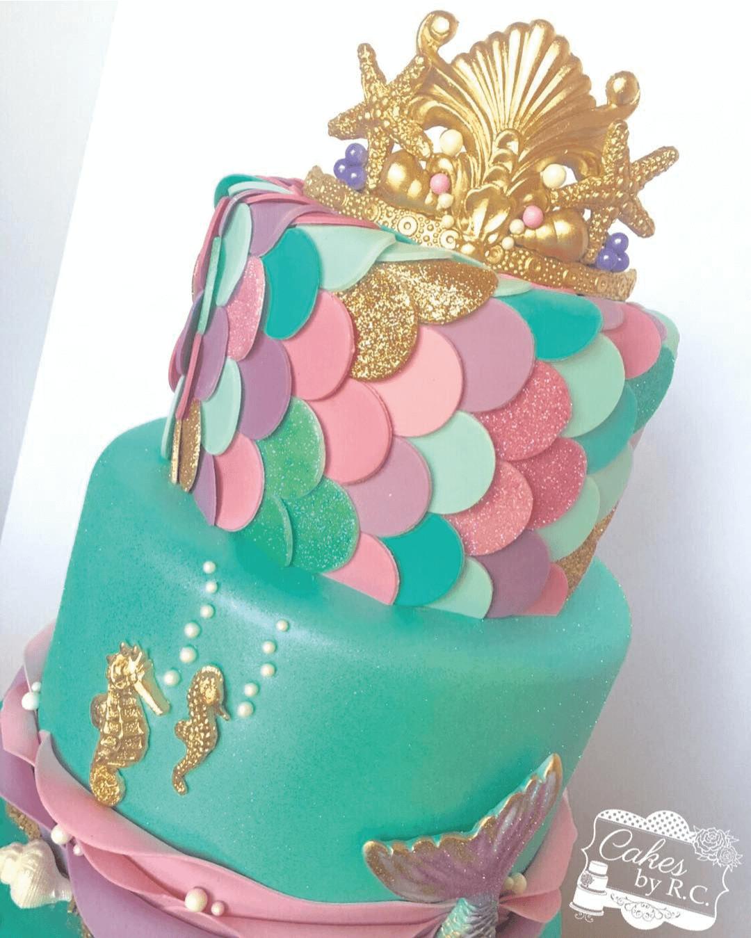 En el mar la torta de cumpleaños es más sabrosa